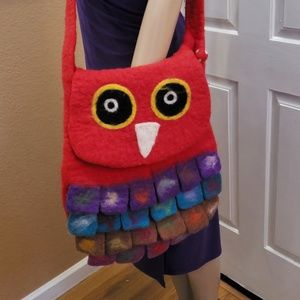 💰⬇ NEW Wool Nepali Owl crossbody bag.